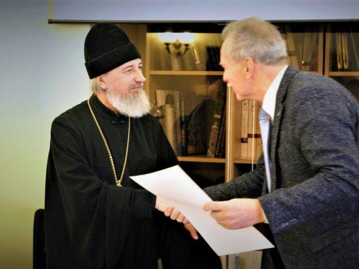 Выпускники кафедры «Храмовое зодчество» МАРХИ награждены архиерейскими грамотами