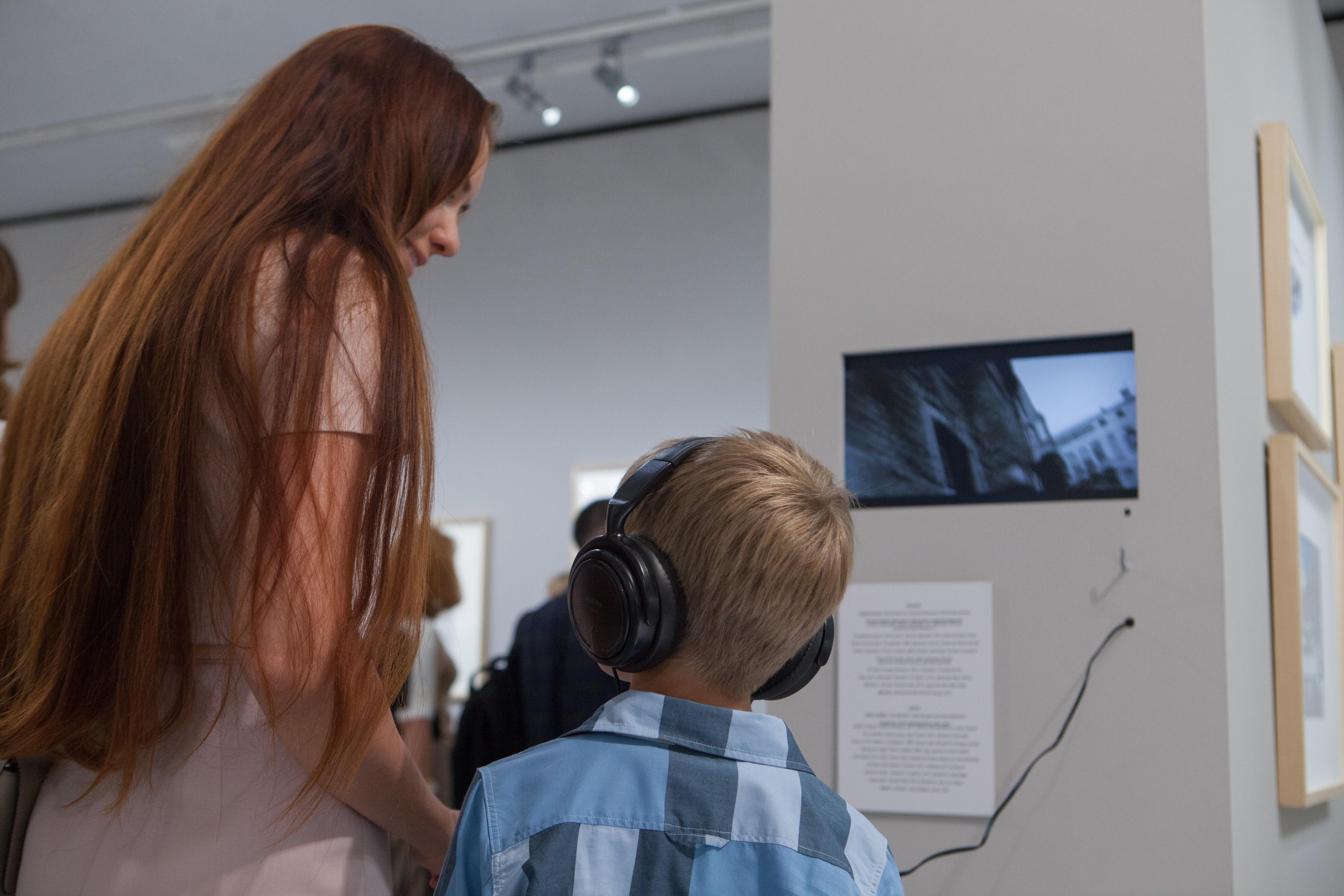 Выставка Сергея Кузнецова «Личный контакт / архитектурная графика»