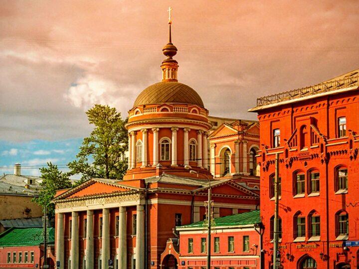 Божественная литургия в День российского студенчества