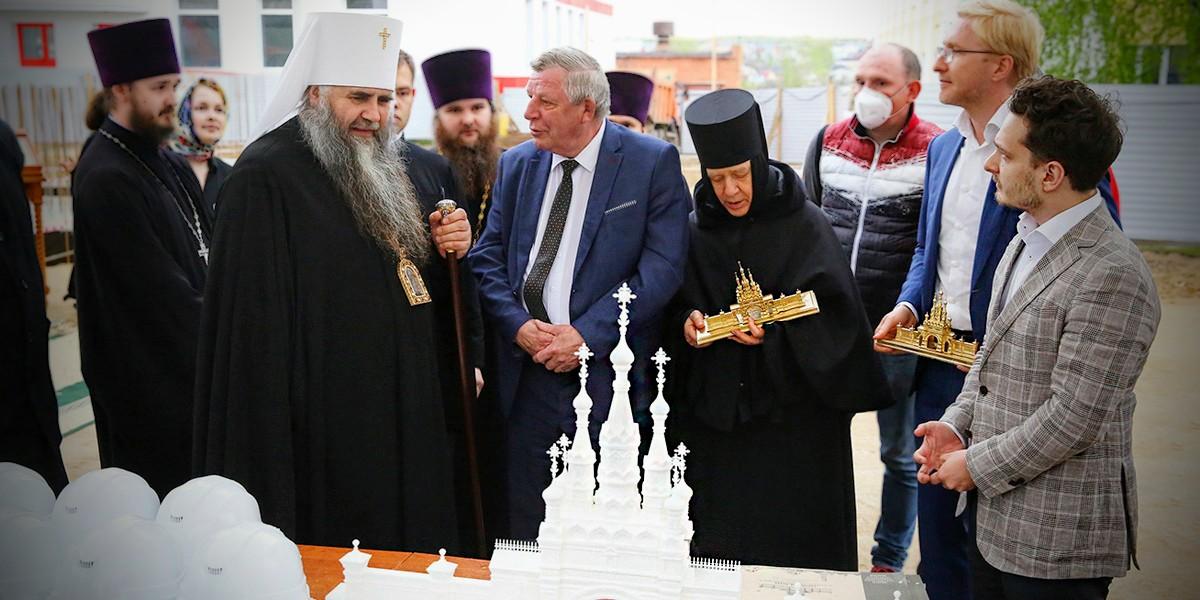 Закладка Саровских врат по проекту специалистов МАРХИ
